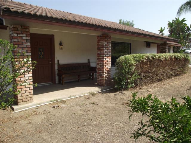 335 Estrelita Drive, Vista, CA 92084 (#180052284) :: Douglas Elliman - Ruth Pugh Group