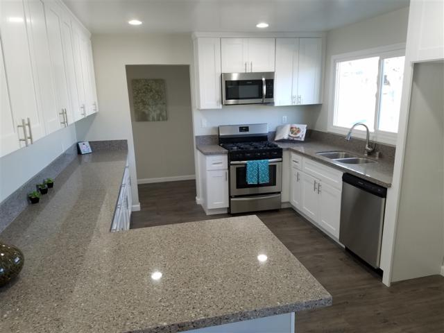9460 Carlton Hills Blvd, Santee, CA 92071 (#180052701) :: Allison James Estates and Homes