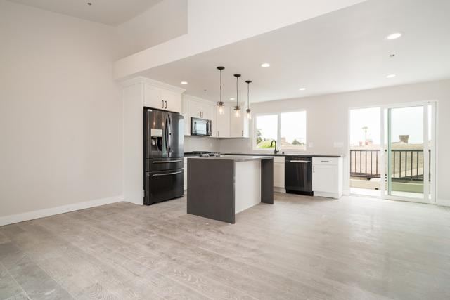 4373 Cleveland Avenue B, San Diego, CA 92103 (#180053079) :: PacifiCal Realty Group