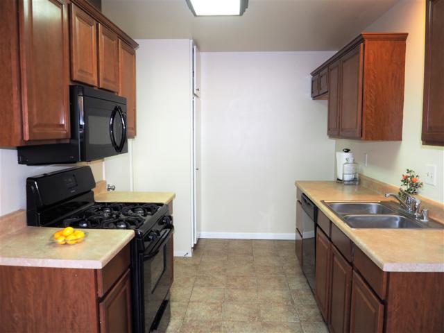1213 Mariposa Court, Vista, CA 92084 (#180053130) :: KRC Realty Services
