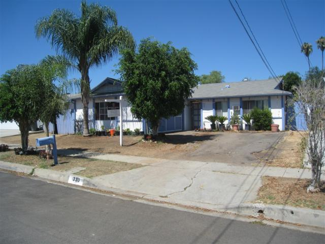 330 Tamarak Ave, Escondido, CA 92026 (#180053402) :: KRC Realty Services