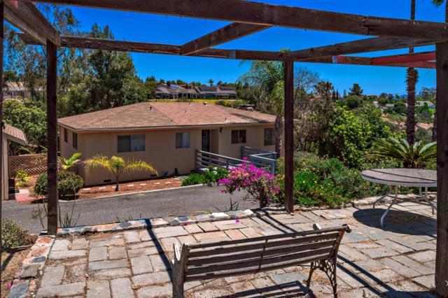 2505 Via Rancheros, Fallbrook, CA 92028 (#180053932) :: Heller The Home Seller
