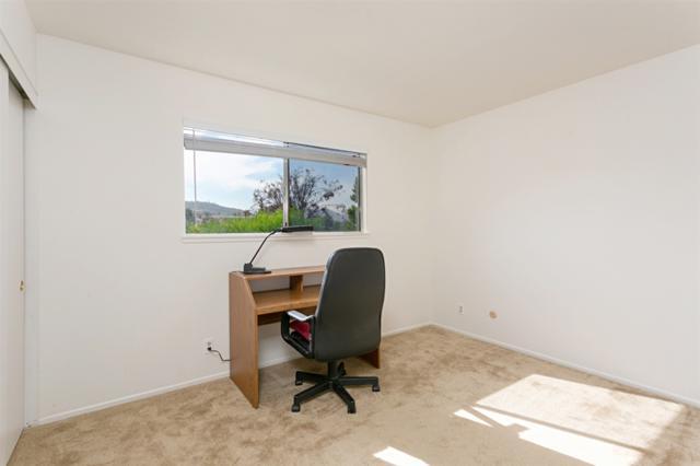 1835 Granero Pl, Escondido, CA 92029 (#180054346) :: Heller The Home Seller