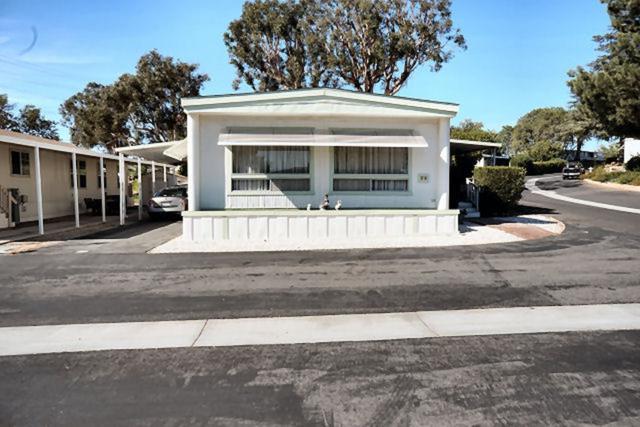 31130 S General Kearny Rd #38, Temecula, CA 92591 (#180054939) :: Farland Realty