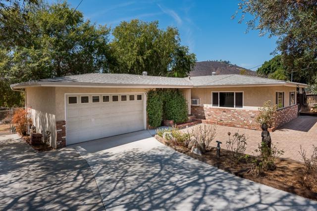 12237 Kingsford Ct, El Cajon, CA 92021 (#180055067) :: Heller The Home Seller