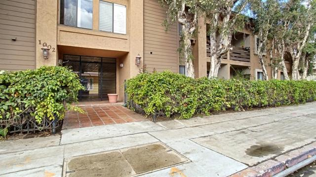 1002 30th Street #110, San Diego, CA 92102 (#180055885) :: Heller The Home Seller