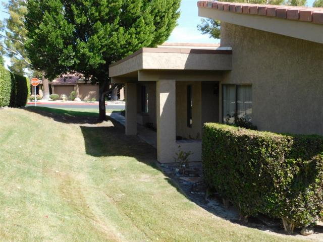 72535 Rolling Knoll Drive, Palm Desert, CA 92260 (#180056106) :: The Yarbrough Group