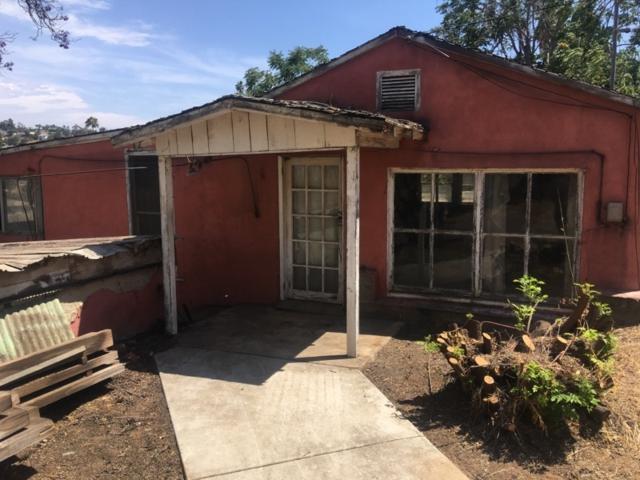 8803 Gardena, Lakeside, CA 92040 (#180056725) :: Heller The Home Seller
