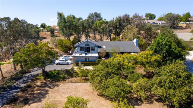 1858 Marymac Pl, Fallbrook, CA 92028 (#180057143) :: Whissel Realty