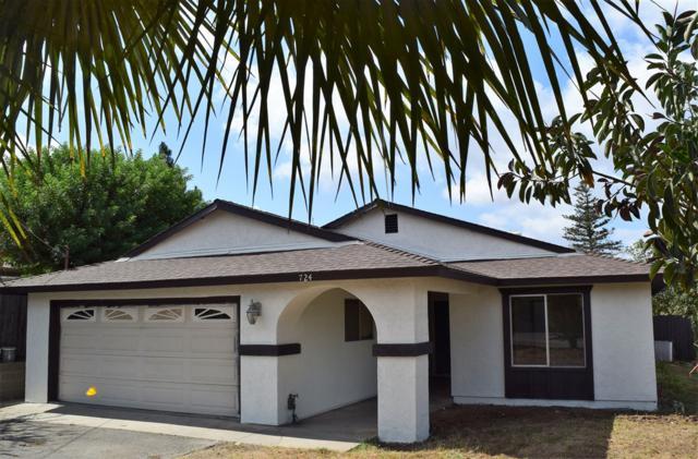 724 N Vine, Fallbrook, CA 92028 (#180057157) :: Coldwell Banker Residential Brokerage