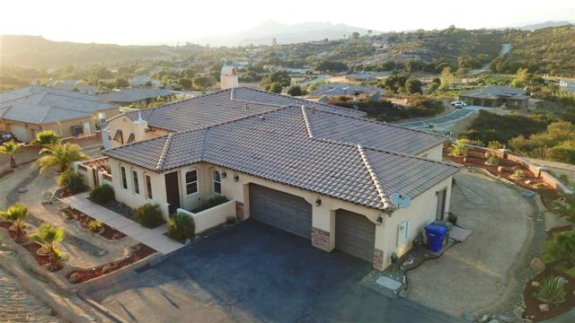 12865 Vineyard Crest Pl, Lakeside, CA 92040 (#180057383) :: Coldwell Banker Residential Brokerage