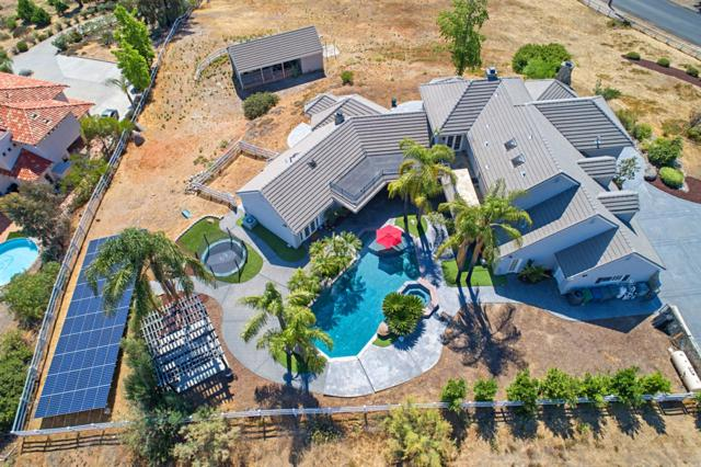 2110 Corte Plata Espuela, Alpine, CA 91901 (#180057661) :: Neuman & Neuman Real Estate Inc.