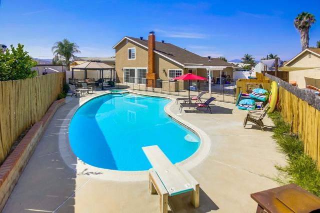 10938 Magna Ln, Lakeside, CA 92040 (#180057867) :: Heller The Home Seller