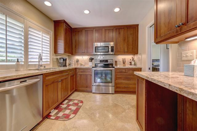 17448 Plaza Dolores, San Diego, CA 92128 (#180058999) :: Coldwell Banker Residential Brokerage