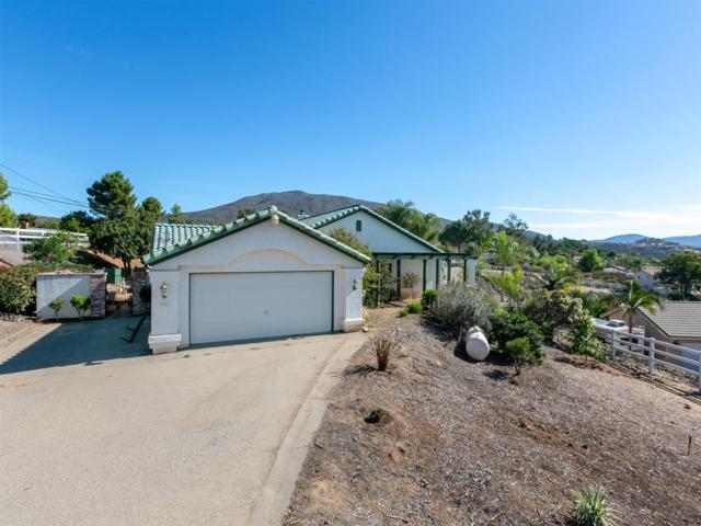 707 Hale Dr, Alpine, CA 91901 (#180060048) :: Heller The Home Seller