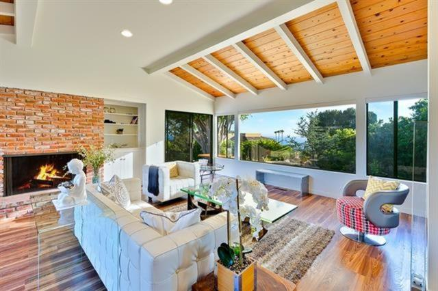6170 Inspiration Way, La Jolla, CA 92037 (#180060429) :: Ascent Real Estate, Inc.