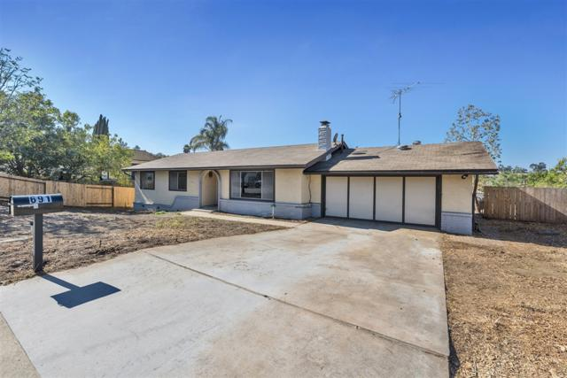 691 Boyle Avenue, Escondido, CA 92027 (#180060558) :: The Yarbrough Group
