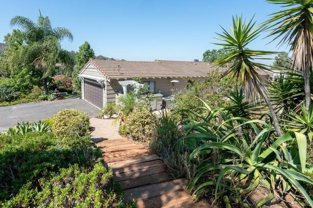 3004 Gopher Canyon Road, Vista, CA 92084 (#180062252) :: The Houston Team | Compass