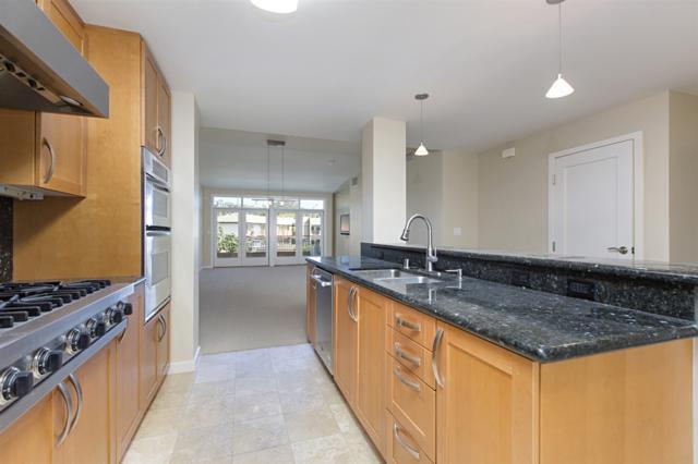 5440 La Jolla Blvd E306, La Jolla, CA 92037 (#180062660) :: Neuman & Neuman Real Estate Inc.