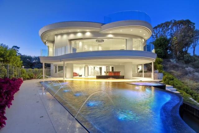 6125 Terryhill Drive, La Jolla, CA 92037 (#180062686) :: Ascent Real Estate, Inc.