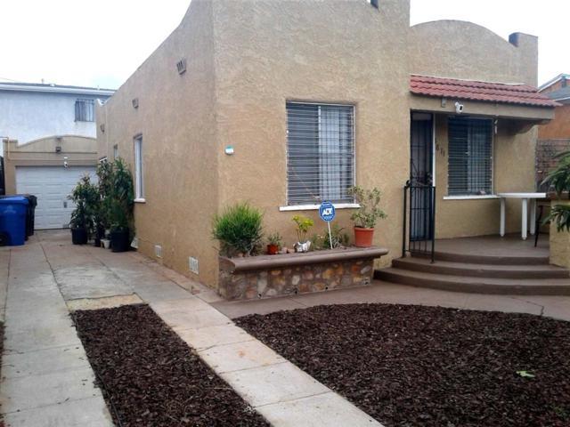 3811-3813 45th St, San Diego, CA 92105 (#180062922) :: Pugh | Tomasi & Associates