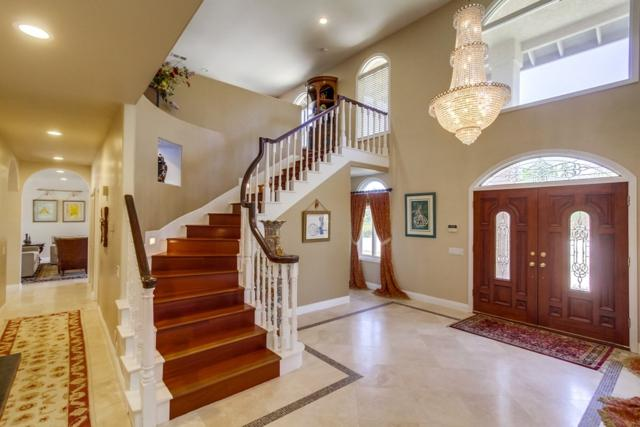 15071 Huntington Gate, Poway, CA 92064 (#180062951) :: Pugh | Tomasi & Associates