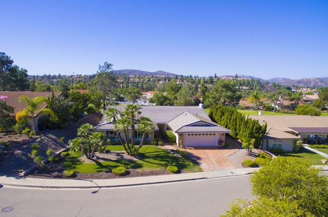 12269 Ranch House Rd, San Diego, CA 92128 (#180063245) :: Keller Williams - Triolo Realty Group