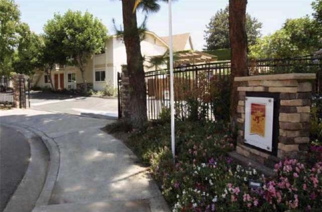 5040 A St #8, San Diego, CA 92102 (#180063375) :: Farland Realty