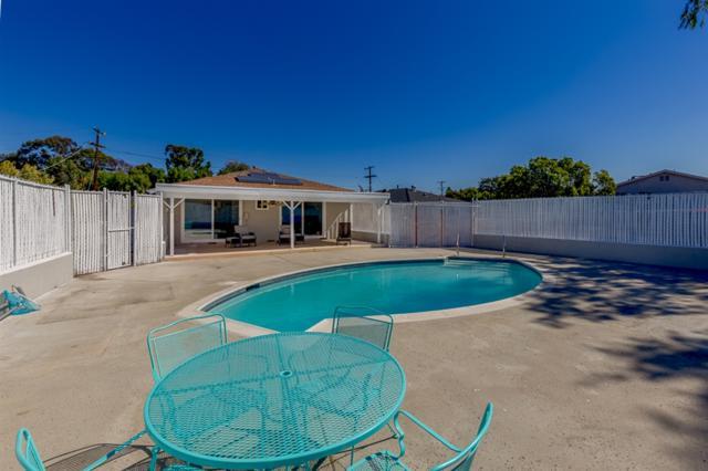 446 Vista Way, Chula Vista, CA 91910 (#180063702) :: KRC Realty Services