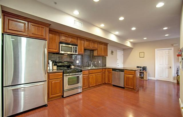 7056 Fulton St #9, San Diego, CA 92111 (#180066396) :: The Yarbrough Group
