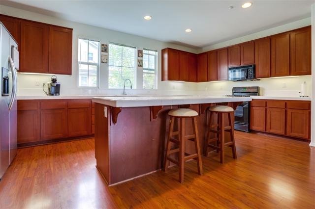 1644 Burr Oak Place, Chula Vista, CA 91915 (#190000048) :: Steele Canyon Realty