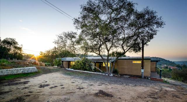 29107 Lilac Road, Valley Center, CA 92082 (#190002471) :: Steele Canyon Realty