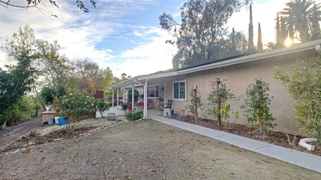 11714 Oak Creek Dr, Lakeside, CA 92040 (#190002738) :: Steele Canyon Realty