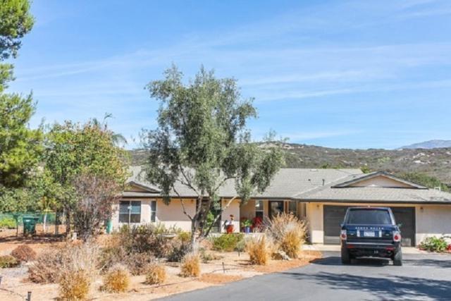 30471 Callejo Feliz Terrace, Valley Center, CA 92082 (#190002899) :: Steele Canyon Realty
