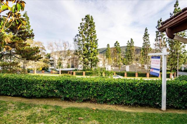 1169 Los Corderos, San Marcos, CA 92078 (#190003045) :: KRC Realty Services