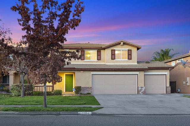 29184 Azara St, Murrieta, CA 92563 (#190003628) :: eXp Realty of California Inc.