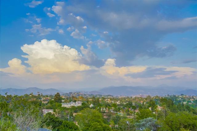 4907 Vista Arroyo, La Mesa, CA 91941 (#190004203) :: The Marelly Group | Compass
