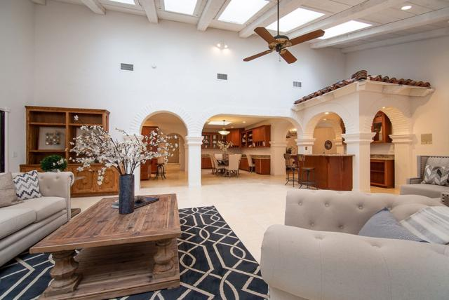 16745 Avenida Arroyo Pasajero, Rancho Santa Fe, CA 92067 (#190005424) :: COMPASS