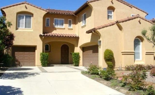 6777 Mallee St, Carlsbad, CA 92011 (#190005707) :: Whissel Realty