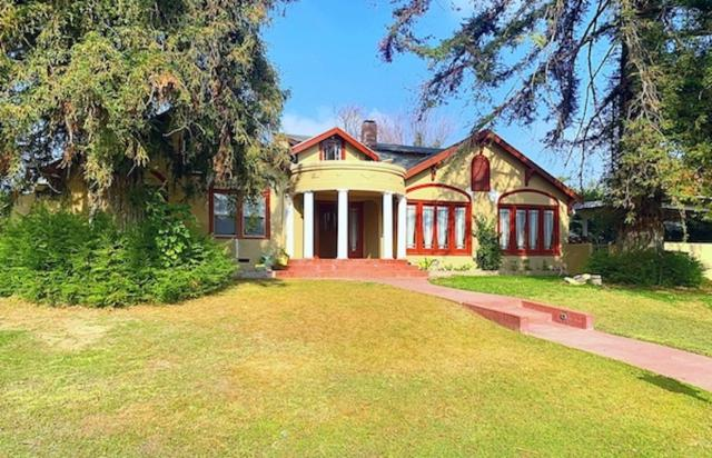 2430 Pacific Dr, Bakersfield, CA 93306 (#190006135) :: Farland Realty