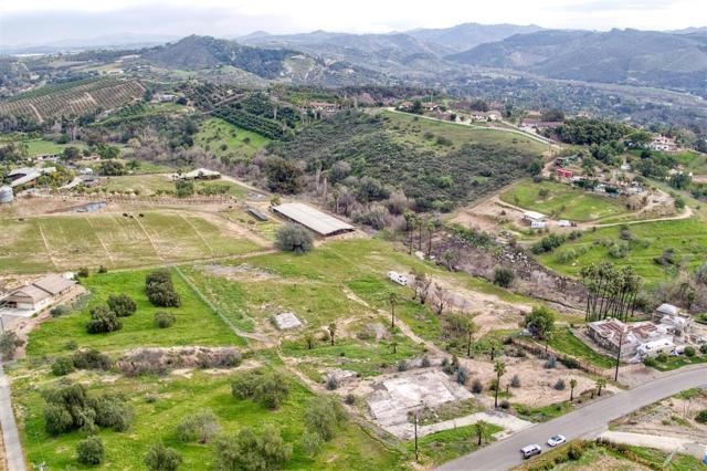 31845 Wrightwood Rd Parcel 6, Bonsall, CA 92003 (#190006351) :: eXp Realty of California Inc.