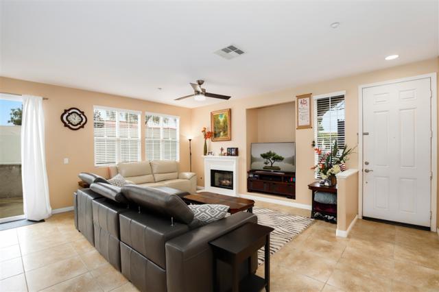 318 Dolphin Ln #2, Oceanside, CA 92058 (#190007162) :: Neuman & Neuman Real Estate Inc.