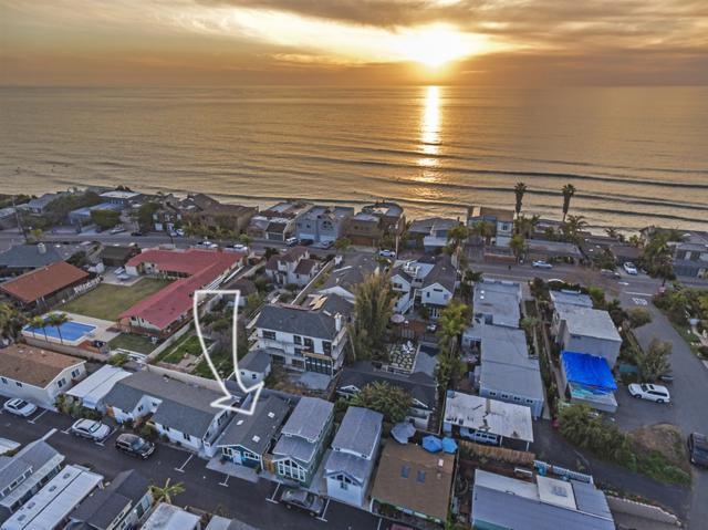 170 Diana St #11, Encinitas, CA 92024 (#190008055) :: Neuman & Neuman Real Estate Inc.
