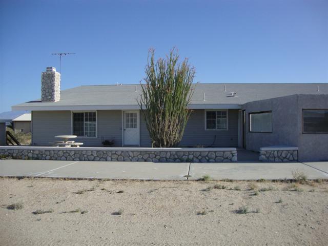 4240 Cherokee Lane, Borrego Springs, CA 92004 (#190008557) :: Neuman & Neuman Real Estate Inc.