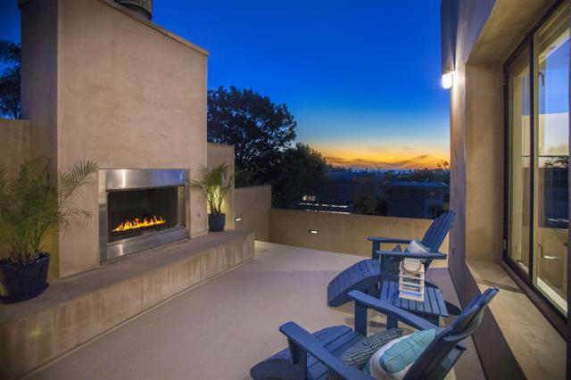 13723 Boquita Dr, Del Mar, CA 92014 (#190008876) :: The Yarbrough Group