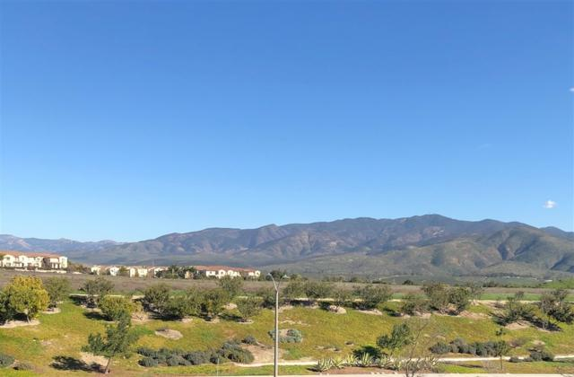 2060 Tango Loop #5, Chula Vista, CA 91915 (#190009003) :: Whissel Realty