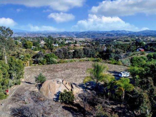 477 Morro Hills Rd. #0, Fallbrook, CA 92028 (#190009314) :: Neuman & Neuman Real Estate Inc.