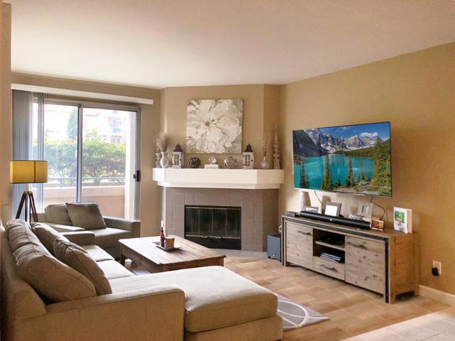 2150 Camino De La Reina #4106, San Diego, CA 92108 (#190009361) :: Neuman & Neuman Real Estate Inc.