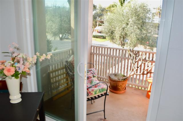3131 Groton Way #4, San Diego, CA 92110 (#190009821) :: Whissel Realty