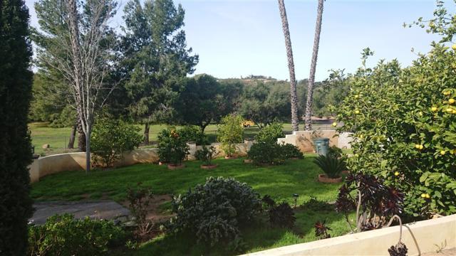 2740 Felicita Rd, Escondido, CA 92029 (#190012918) :: Welcome to San Diego Real Estate